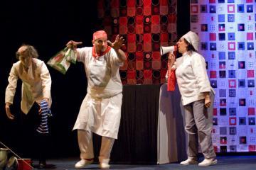 """""""Pizza"""", scintilleria teatrale di Olga Melnik il 7, 8 e 9 aprile al Teatro La Fonte"""